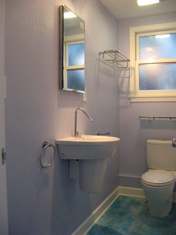 BathroomAlameda2