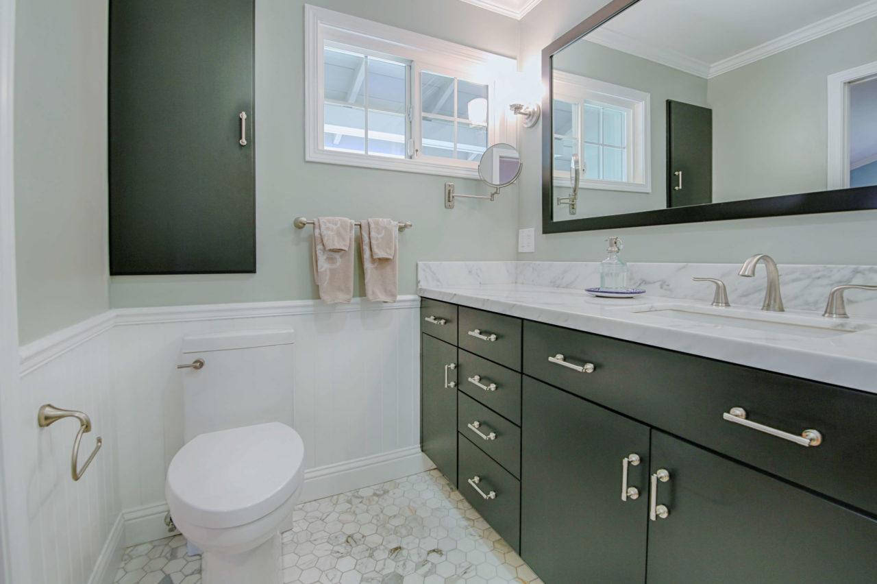 BathroomLafayette313