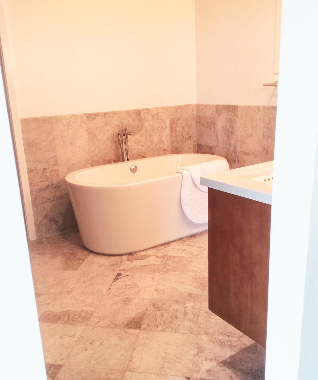 BathroomOrinda8